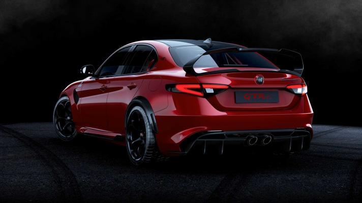 Alfa Romeo Giulia GTA i GTAm. Więcej, więcej, więcej ...